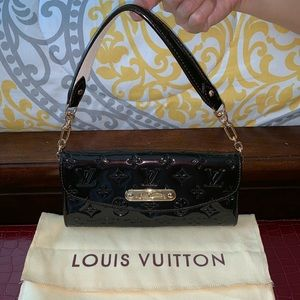 Louis Vuitton Vernis clutch bag